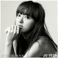 Joo Yeon of After School. Love the bangs