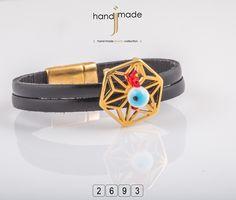 Δερμάτινο βραχιόλι με χρυσό αξεσουάρ και μαγνητικό κούμπωμα. #handmade #jewelry #fashion