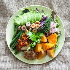 raw-vegan-salad-1