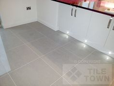 Lounge Light Grey Porcelain Floor Tile.