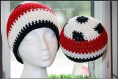 Crochet soccerhat  Gehaakte voetbalmuts