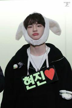 Hyunjin♡stray kids 18/01/20 •Fansign