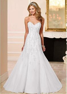 Marvelous Organza Sweetheart Neckline A-line Wedding Dresses with Lace Appliques