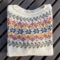 fair isle knitting Ravelry: Project Gallery for Birkin pattern by Caitlin Hunter Crochet Stitches For Blankets, Knitting Stitches, Baby Knitting, Loom Knitting, Knitting Machine, Knitting Charts, Vintage Knitting, Free Knitting, Fair Isle Knitting Patterns