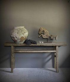 Oude elmwood houten sidetable/muurtafel