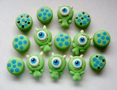 Macarons Montres et compagnie / Monsters en Co macarons