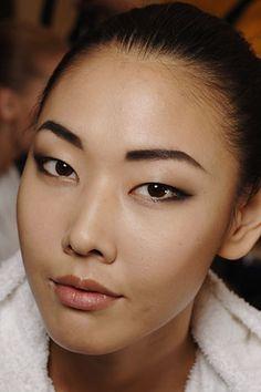 Han Jin. I love this look!