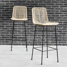 Set of 2 rattan and metal bar stools - stool Hammock Chair, Swinging Chair, Diy Chair, Chair Cushions, Chaise Haute Bar, Chaise Bar, Cafe Chairs, Dining Chairs, Room Chairs