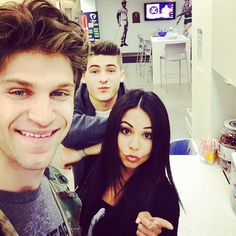Janel, Keegan, and Cody at the ABC Family offices! | Pretty Little Liars