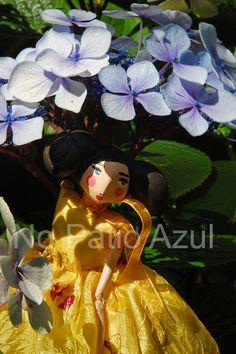 Amarelinha - Handmade art dolls by Paula Estorninho