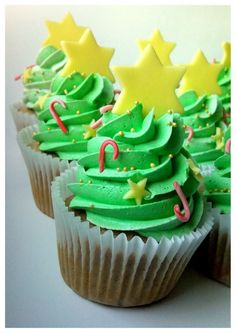 """Christmas Tree Cupcakes by """"So Sweet Project"""" (Poland)"""