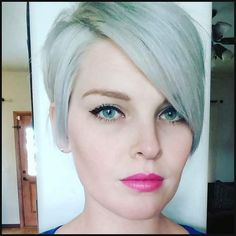Silver Ladies! 10 Kurze Frisuren in Silberfarbe. - | Einfache Frisuren