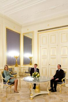 (L-R) Queen Maxima, King Willem-Alexander of The Netherlands and French President Hollande meet at the Noordeinde Palace during an official visit on 20.01.14 in The Hague, Netherlands.