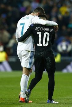 Cristiano Ronaldo Photos Cristiano Ronaldo of Real Madrid and Neymar of PSG embrace at half time during the UEFA Champions League Round of 16 First Leg match between Real Madrid and Paris Saint Germain at Bernabeu on February 2018 in Madrid, Spain. Neymar Jr, Football Neymar, Ronaldo Real Madrid, Cristiano Ronaldo Junior, Ronaldo Juventus, Uefa Champions League, Barcelona E Real Madrid, Barcelona Soccer, Mbappe Psg