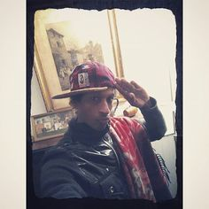 Winter2018 #frenchhouse #fashion #fashionstyle #cap #black #red #blk #oldpictures #antiquities #antique #antiquity #oldmansion #oldhouse #igersfrance #igeroftheday #picoftheday #antiquevsmodern #frenchchic #waitingforspring #ilovemycountry #lownormandy #peuhl #congoboy #afrohair #afropunk #blerds #african #afropeen #karukera karukeraboy #spicyboi