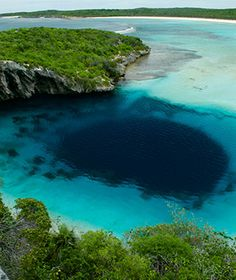 Bahamas Weekend Getaways: Dean's Blue Hole