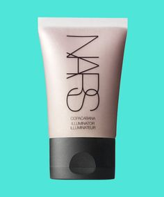 15 beauty products that rule the runway