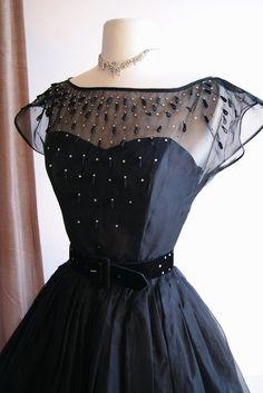 1950s Dress at Xtabay, Portland #Beautiful Dress| http://amazingweddingdressphotos958.blogspot.com