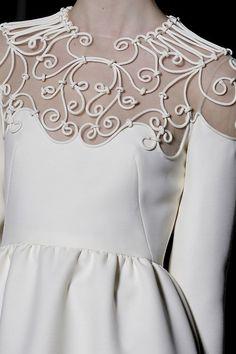 Tilda Lindstam at Valentino haute couture, spring 2013 Look Fashion, Fashion Details, High Fashion, Fashion Show, Fashion Design, Dress Fashion, Valentino Couture, Couture Fashion, Runway Fashion