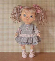 Добрый день Новая неженка #куклы #кукла #авторскаяигрушка #ручнаяработа #авторскаякукла #игрушканазаказ #интерьернаякукла #подарок #идеяподарка #куклаизткани #doll #artdoll #instadoll #текстильнаякукла #инстаграмнедели #люблю #люблюсвоюработу #омск