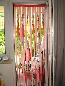 blog de decoração - Arquitrecos: Cortinas de porta para fazer em casa!! Cortina Boho, Door Curtains, Window Coverings, Doors, Wall Art, Creative, Projects, Home Decor, Architects