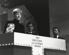 1990-ben McEwan elnyerte a legjobb színésznőnek a Bafta-t, mert a Narancsok nem az egyetlen gyümölcs.