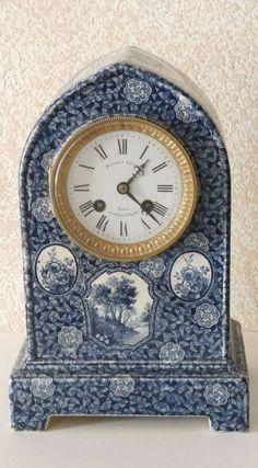 Rare Antique French Vincenti & Cie c1855 Beehive Porcelain Mantel Clock.