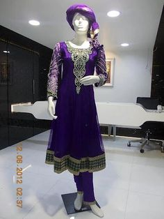 don't really get the dupatta but I love the color
