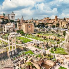 Taken from the Palatine Hill, this view shows a good portion of the Forum Romanum as well as the Imperial Forum in the distance. Look carefully upper left of center and you can see the top of Trajan's Column. Rome Adventure, Winter Breaks, Rome Guide, Palatine Hill, Rome Tours, Rome City, Famous Monuments, Roman Forum, City Pass