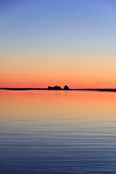 Sun going down on Træna [Daily Project] by DavGoss, via Flickr #sea #sky