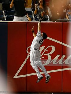 Dustin Ackley of the New York Yankees makes a catch over the wall (Photo by Rich Schultz) Baseball Photos, Baseball Games, Sports Images, Sports Pictures, New York Yankees Baseball, Orioles Baseball, Jr Sports, Yankee Stadium, Sport Photography