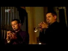 ▶ Vivaldi - Concert for two trumpets and organ in C - YouTube