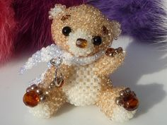 LeaLea Beads. Beaded bear-chan. So cute. I'd love to get one of her bead kits.