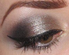 Gold, champagne and Black Eye makeup Tutorial Eye make up Black Eye Makeup, Dramatic Eye Makeup, Eye Makeup Art, Makeup For Green Eyes, Eye Makeup Tips, Contour Makeup, Kiss Makeup, Face Makeup, Makeup Ideas
