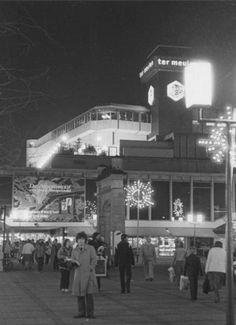 Ter Meulen, gezien vanaf de Lijnbaan 1978, zo rond de kerstdagen.