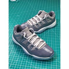 06ae47bf8349 Real Carbon Board Air Jordan 11 Low Basket Sneaker Grey Wolf Cool Gray  528895-003