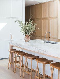 Home Decor Recibidor .Home Decor Recibidor Small Space Kitchen, Open Plan Kitchen, Kitchen Ideas, Small Spaces, Kitchen Trends, Kitchen Layouts, Small Dining, Interior Modern, Home Interior
