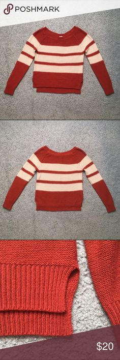 Full Tilt Hi-Low Striped Sweater Gently used. This sweater features a scoop neck, hi-low design with small slits on the sides and is made from a soft woven burgundy and cream material. Very cozy, thick and great quality! Full Tilt Sweaters Crew & Scoop Necks