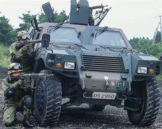 主として普通科(歩兵)部隊に装備されている軽装甲機動車(陸上自衛隊提供)