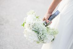 ONE DAY EVENT, grand bouquet de mariée, hortensia et gypsophile