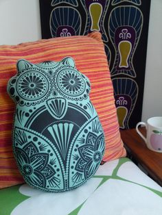Neat Owl Pillow