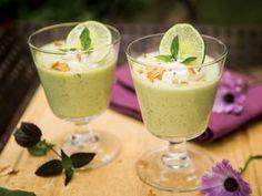 Coconut Basil and Lime Panna Cotta (vegan) Coconut Sugar, Coconut Cream, Great Recipes, Vegan Recipes, No Cook Desserts, Kefir, Vegan Vegetarian, Baked Goods, Mousse