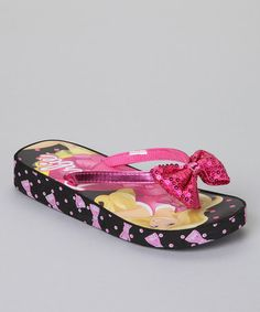 Give a little one these adorable sandals to show off to friends during a day at the beach. The bright pink bow and Barbie's smiling face will make these sandals a huge hit. Little Girl Shoes, Girls Shoes, Little Girls, Kids C, Give A Little, Black Barbie, Cute Sandals, Fashion Sandals, Sock Shoes