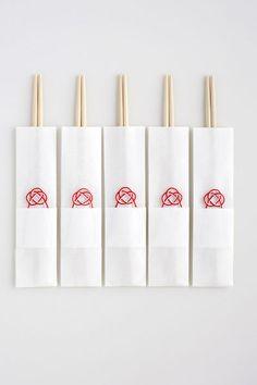 Chopsticks with mizuhiki Japanese New Year, Japanese Logo, Japanese Style, Japanese Chopsticks, Japanese Packaging, Chopstick Rest, Japan Design, Restaurant Branding, Graphic Design Illustration