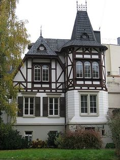 The search of the terms mansion has generated 83 results in the photo collection. Description:Art creation related to mansion featuring German style. The artistic domain is house types, architecture. Tudor House, German Architecture, Architecture Details, Style At Home, German Houses, House Paint Color Combination, Exterior Paint Colors For House, Painted Cottage, Brainstorm