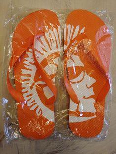 138fff9b40c53c Men s Orange   White SHOCK TOP ALE Logo Flip Flops Sandals Shoes Size L NEW   fashion  clothing  shoes  accessories  mensshoes  sandals (ebay link)