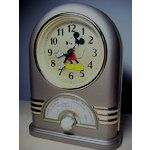 Vintage Seiko Disney Mickey Mouse Musical Alarm Clock 1988 Fantastic Seiko Mickey Mouse clock ( that is clearly superior to the batch up for auction here recently. Mickey Mouse Clock, Disney Mickey Mouse, Talking Alarm Clock, Novelty Clocks, Seiko, Musicals, Auction, Image, Mickey Mouse Watch