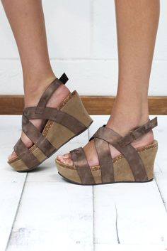 c99e3fa8a1dc The sandal wedge of the season! This designer inspired (OTBT) look is super
