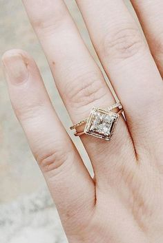Choosing An Engagement Ring | View on LOVE FIND CO. #weddingring