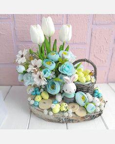 Easter Flower Arrangements, Easter Flowers, Floral Arrangements, Easter Crafts, Holiday Crafts, Decor Crafts, Diy Crafts, Easter Wreaths, Decoupage